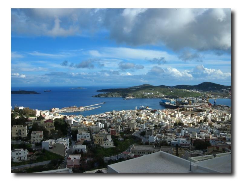 Blick von Ano Syros auf Ermoupoli